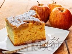 Еврейски ябълков сладкиш с портокалов сок и ванилия - снимка на рецептата